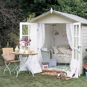 She Shed - Photo Credit: www.lightersideofrealestate.com